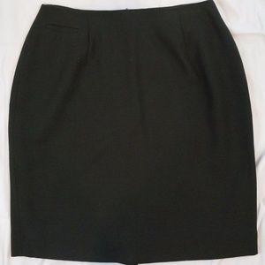 Morgan Taylor Studio Size 8 100% Wool Skirt